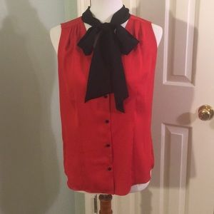 Cute Anne Klein Red Top w/ Black Bow Size S